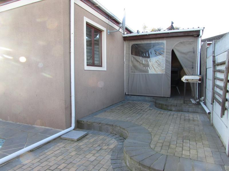 Property For Sale in Protea Heights, Brackenfell 9