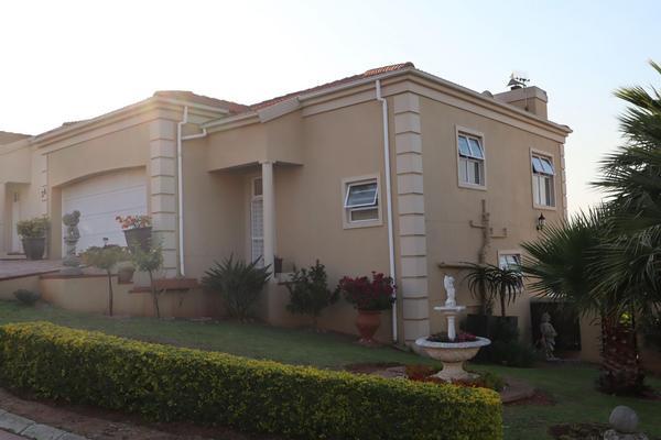 Property For Sale in Van Riebeeckshof, Bellville