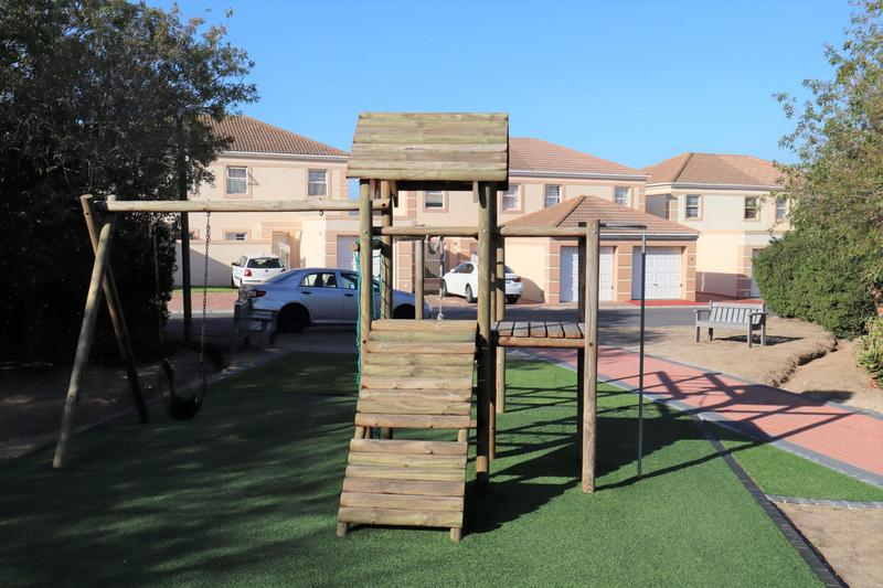 Property For Sale in Parklands, Cape Town 24
