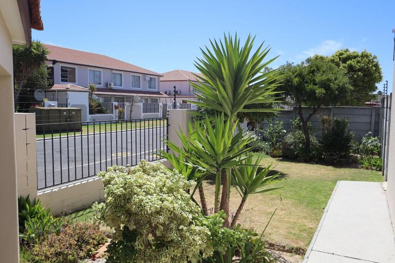 Property For Sale in Strand, Strand 20