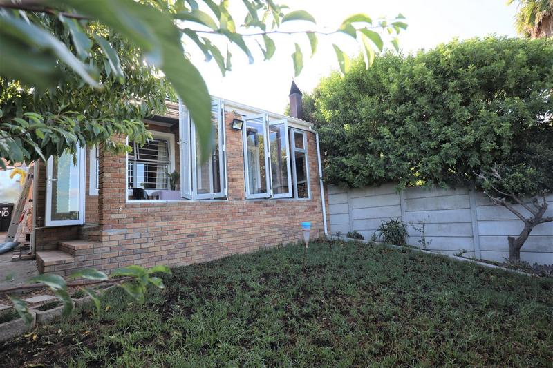 Property For Sale in Vredekloof, Brackenfell 13