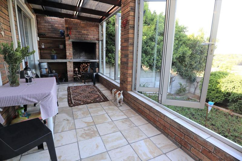 Property For Sale in Vredekloof, Brackenfell 10