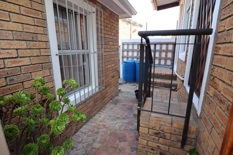 Property For Sale in Vredekloof, Brackenfell 35