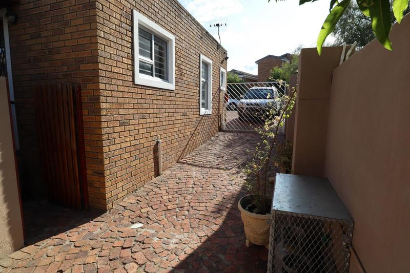 Property For Sale in Vredekloof, Brackenfell 44
