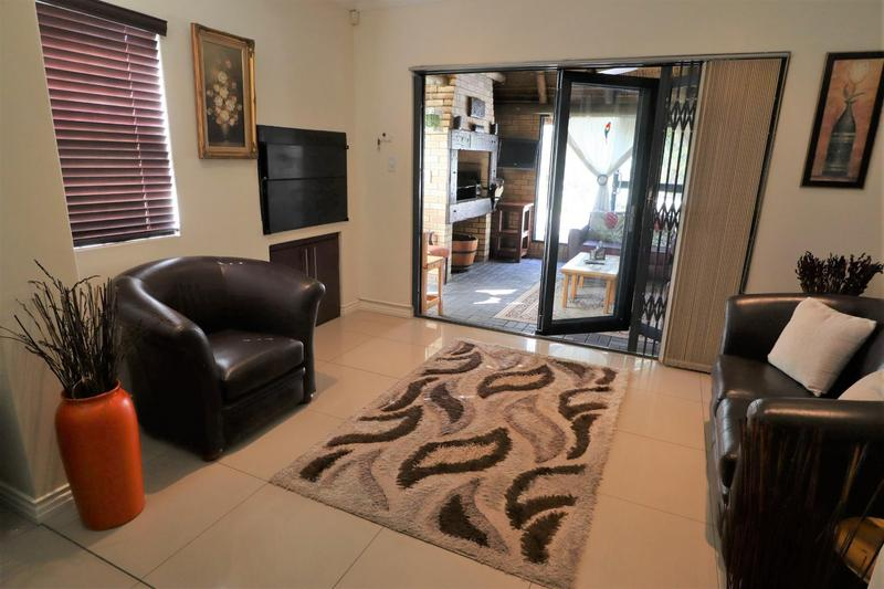 Property For Sale in Sonkring, Brackenfell 14