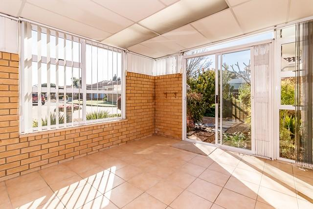 Property For Sale in Sonstraal East, Cape Town 9