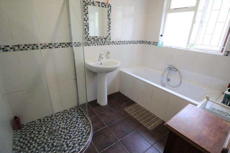 Property For Sale in Durbanville, Durbanville 27