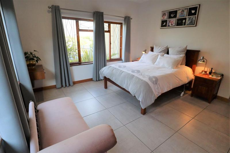 Property For Sale in Stellenberg, Cape Town 14