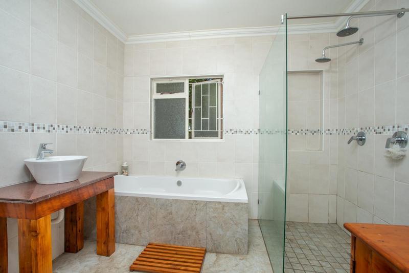Property For Sale in Durbanville, Durbanville 14