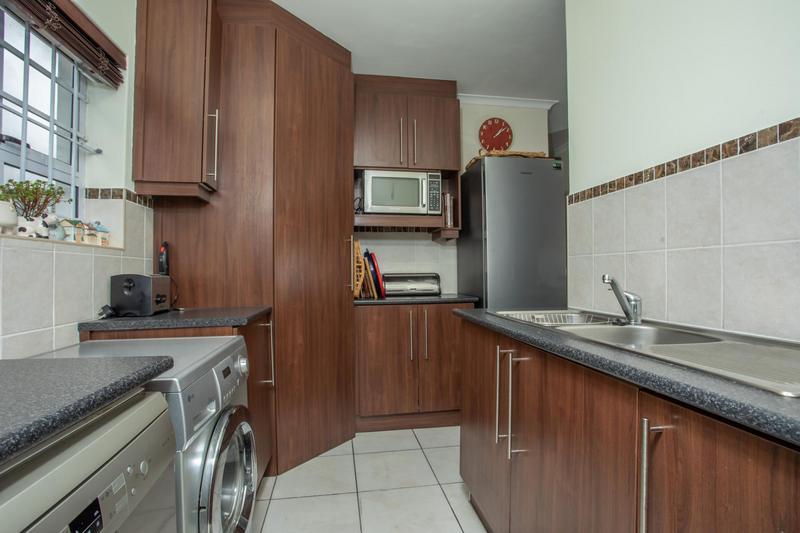 Property For Sale in Jakarandas, Kuilsriver 20