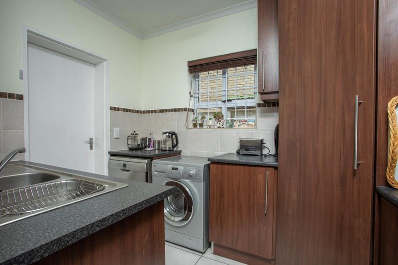 Property For Sale in Jakarandas, Kuilsriver 19