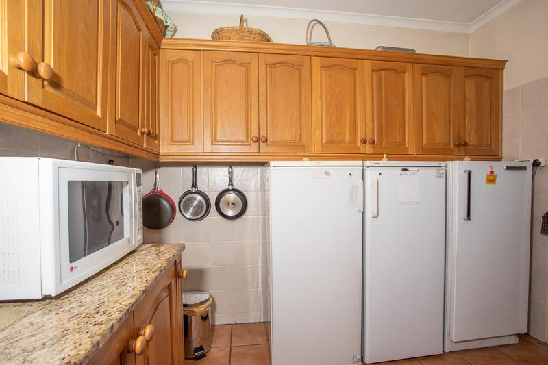 House For Sale in Arauna, Brackenfell