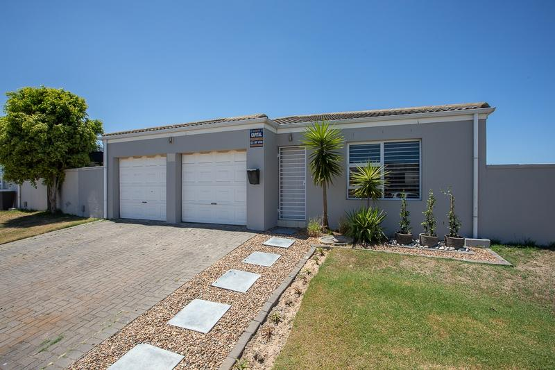 Property For Sale in Zonnendal, Kraaifontein 1