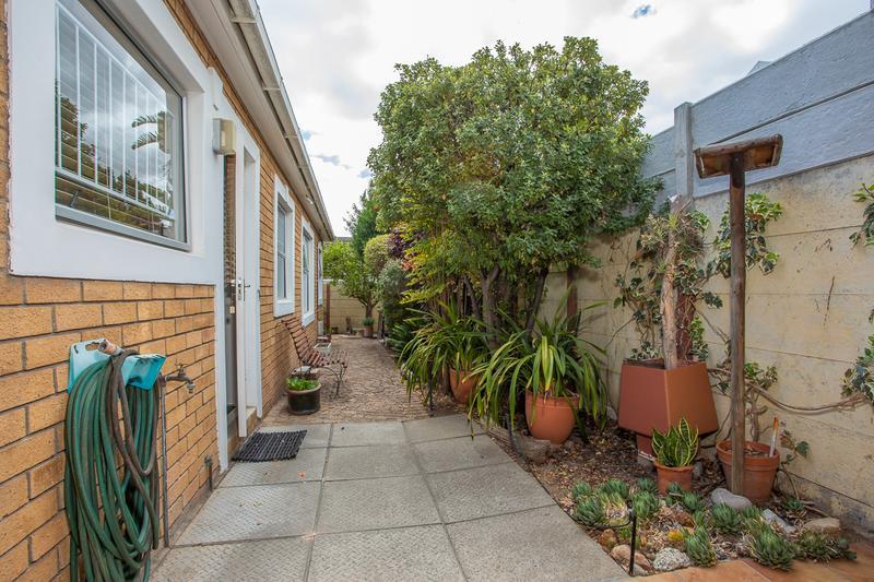 Property For Sale in Amanda Glen, Durbanville 19