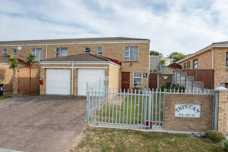Property For Sale in Protea Heights, Brackenfell 2