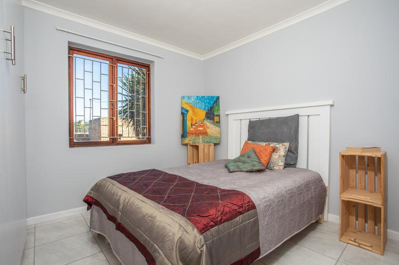 Apartment / Flat For Sale in Morgenster, Cape Town