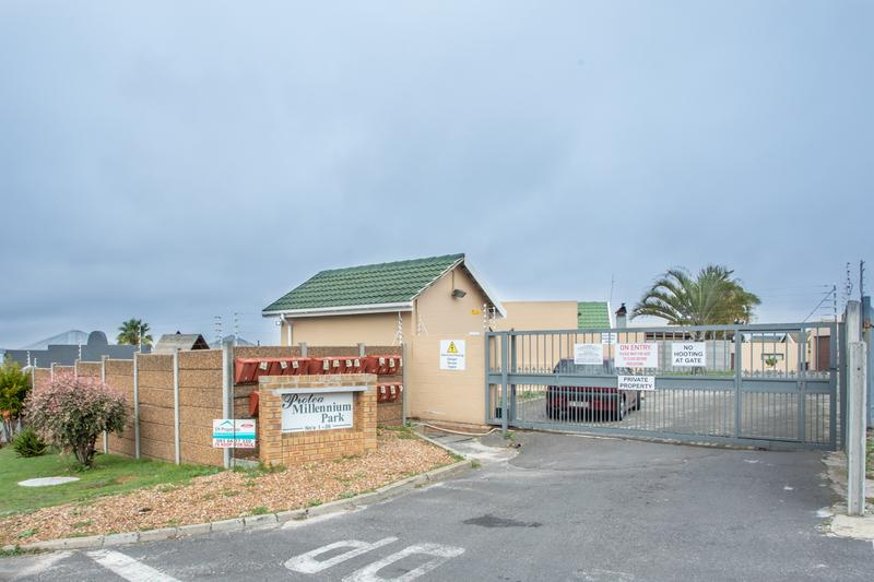 Property For Sale in Protea Village, Brackenfell 15