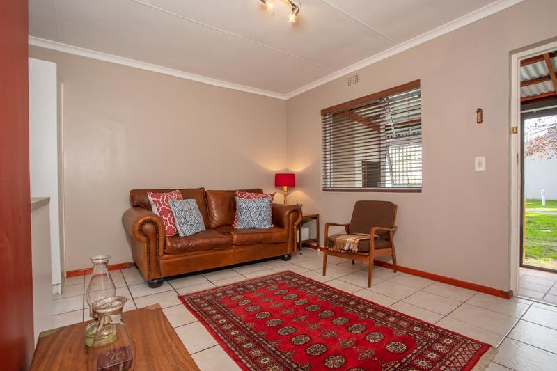 Cottage For Sale in Goedemoed, Durbanville